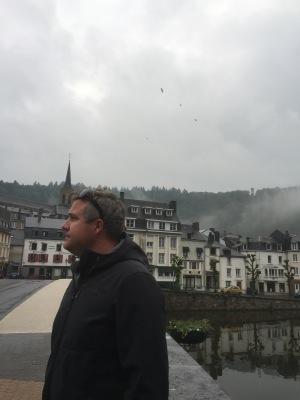 Luke contemplates the fog?