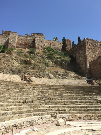 A shot of the ampitheatre without our selfied faces marring the view.