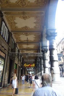 """But otherwise Genoa: """"Faded glory"""" is the phrase we kept thinking of. Apologies to any of my ancestors who enjoyed walking these fancy streets."""