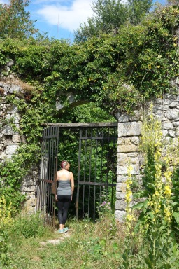Pretending I'm in The Secret Garden.