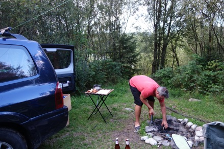 And after weeks, we are finally camping again! Yay! And this place, in southeast Poland, even allowed fires.