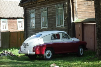 The coolest classic car we've seen so far in Russia