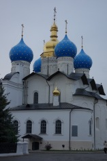The church in the Kazan kremlin - it's nice they made room for both.