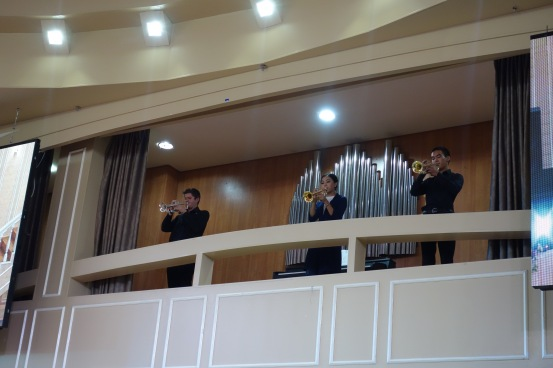 There were even trumpeters on a balcony.