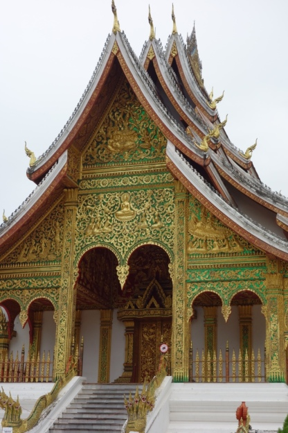 A beautiful Wat in the centre of town