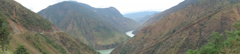 The Yangtze River - our first glimpse