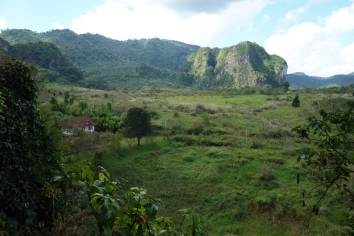 The plains of Vieng Xai