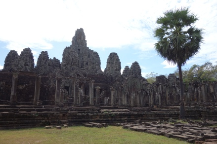The first temple we saw: Bayon