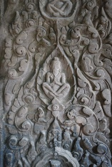 An incredible carcing in Preah Khan