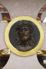 And many of the tombs are Christian. Here's Jesus!